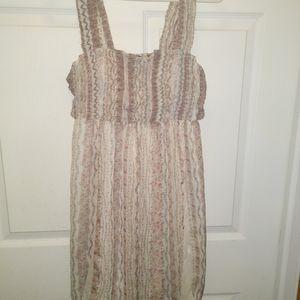 Euc Lightweight Dress Size Small